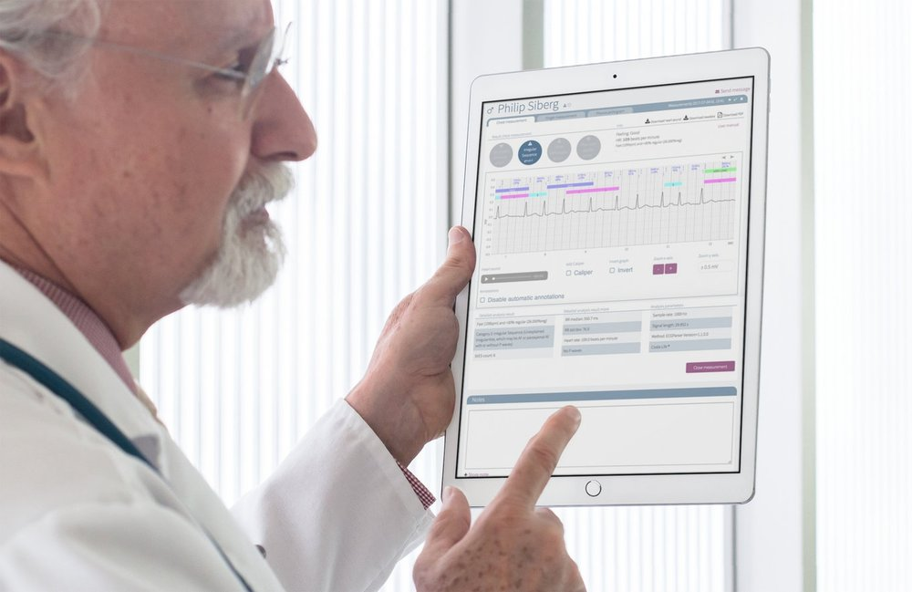 World-class clinical accuracy with P-wave and R-R based analysis. - The analytic, smart algorithms used in the Coala system are based on extensive research and long experience with analysis of arrhythmias and ECG signals. The algorithms are based on research presented in 40+ scientific journal papers, and have been used in hundreds of thousands of ECGs. All developed in collaboration with researchers at the Karolinska Hospital and Lund Universities in Sweden.Check out one of the published performance assessments here and the latest abstract here showing a Positive Predictive Value of 87%. Research has also been published in Circulation, see here.For more info on the analyzing categories and specifications, see here.
