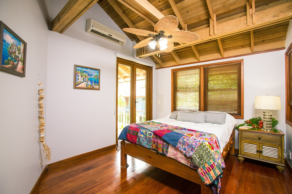 beach-house-interior-1505461_960_720.jpg