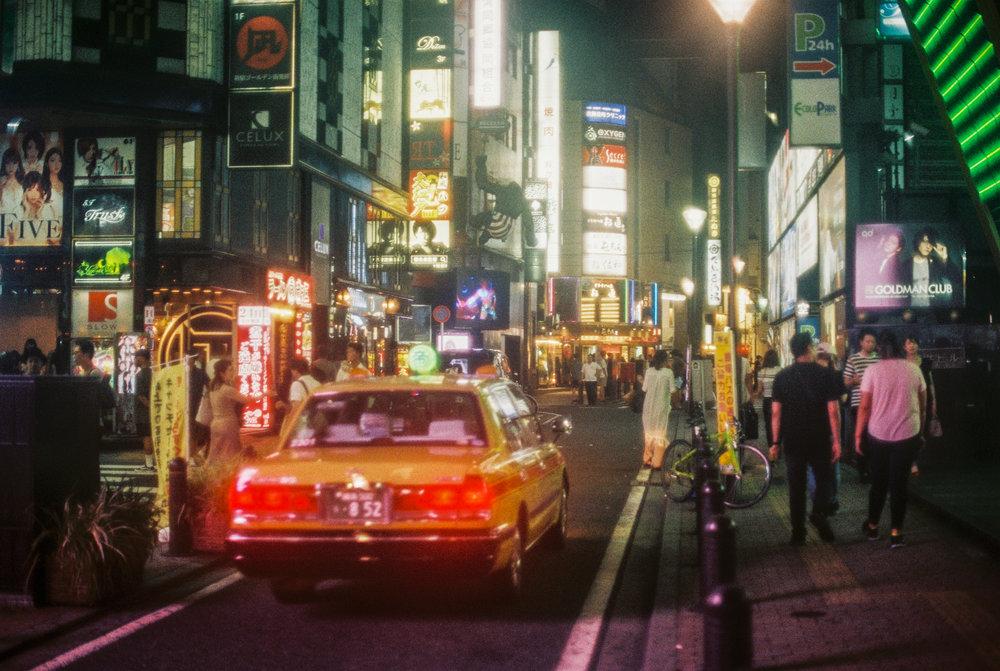 japanshinjuku35mmfilm-benjaminandrew