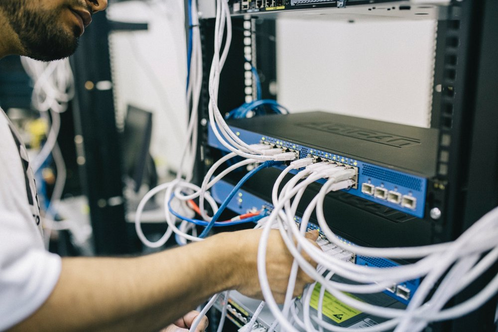 HARDWARE AS A SERVICE - With in-house IT resources often stretched to capacity, it can be a struggle for companies to find the necessary time and effort to deploy, manage and maintain the IT infrastructure as well as an ecosystem of devices and software across their entire organisation.