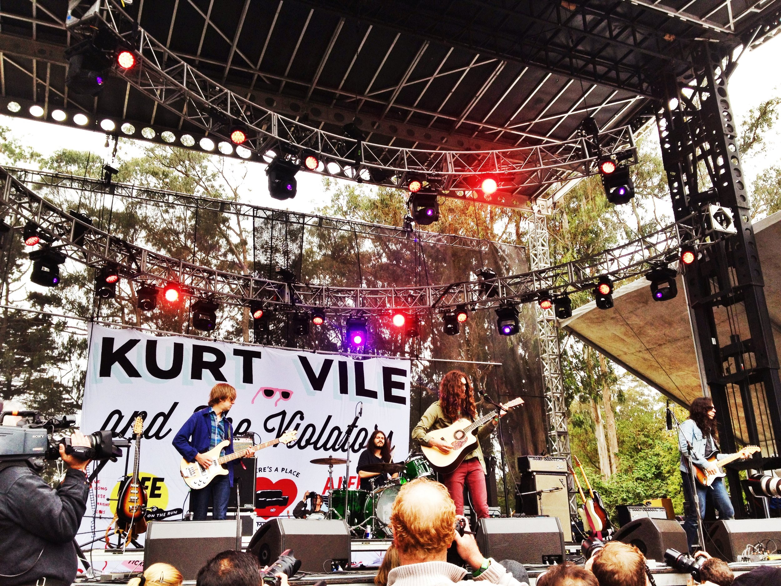 Kurt Vile and The Violators!