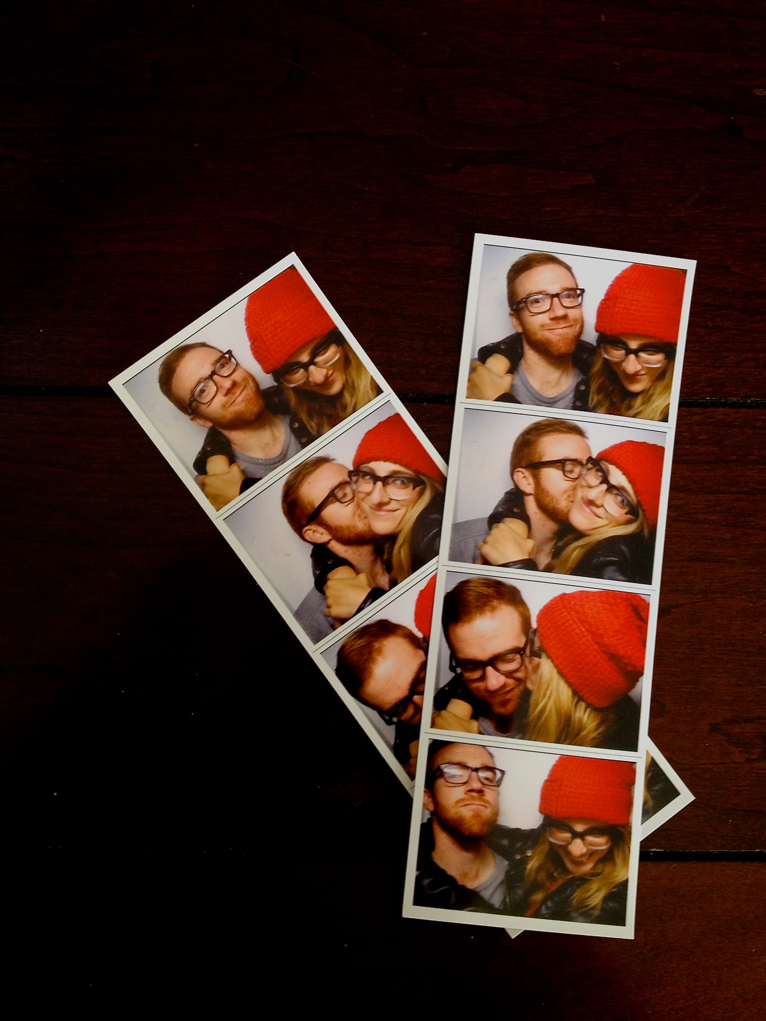 Who doesn't love a good photo booth session?