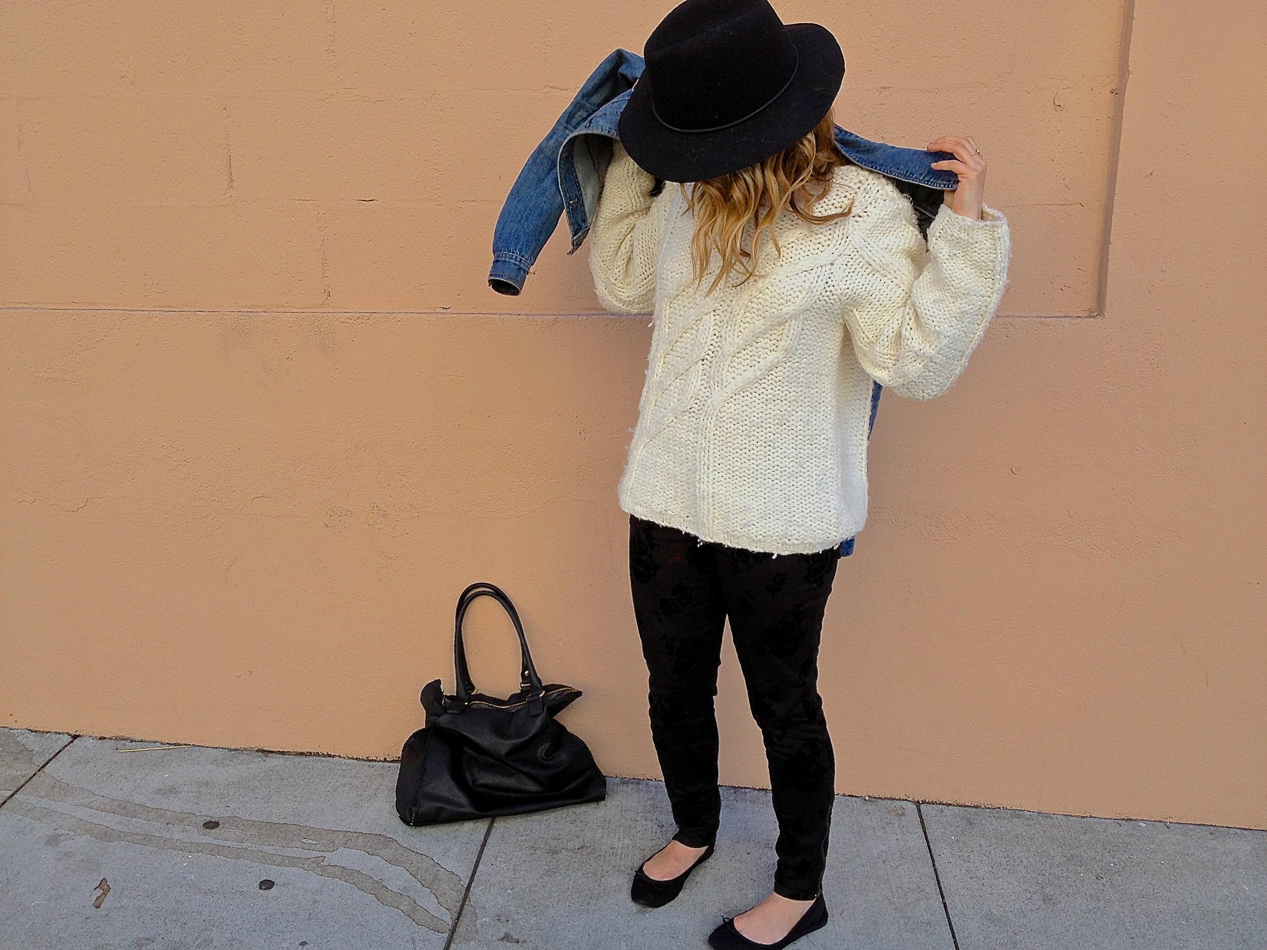 Sweater: Caslon via Andi | Pants: F21 | Hat: Target | Flats: H&M | Bag: Macy's