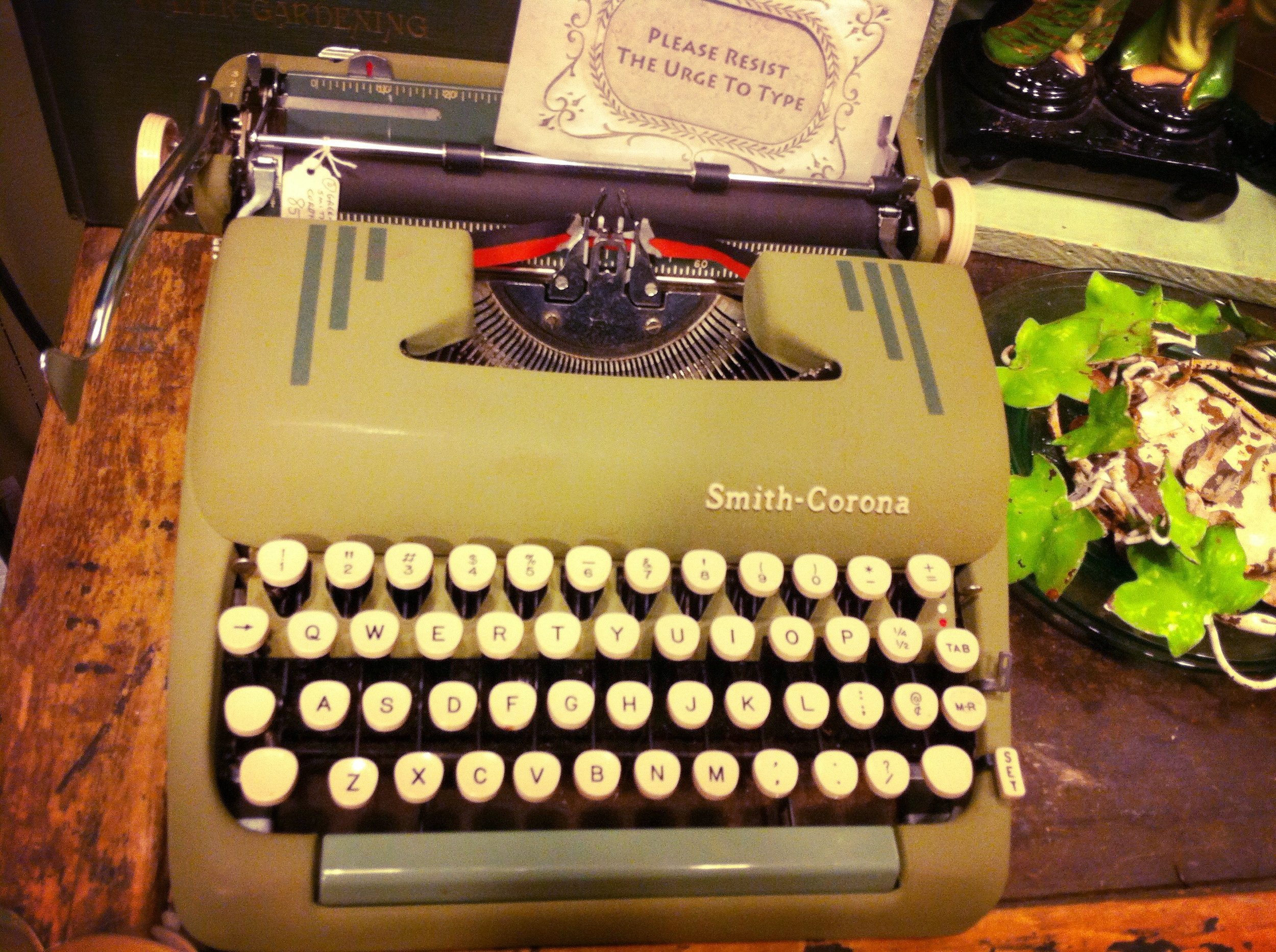 Lusting after this typewriter...