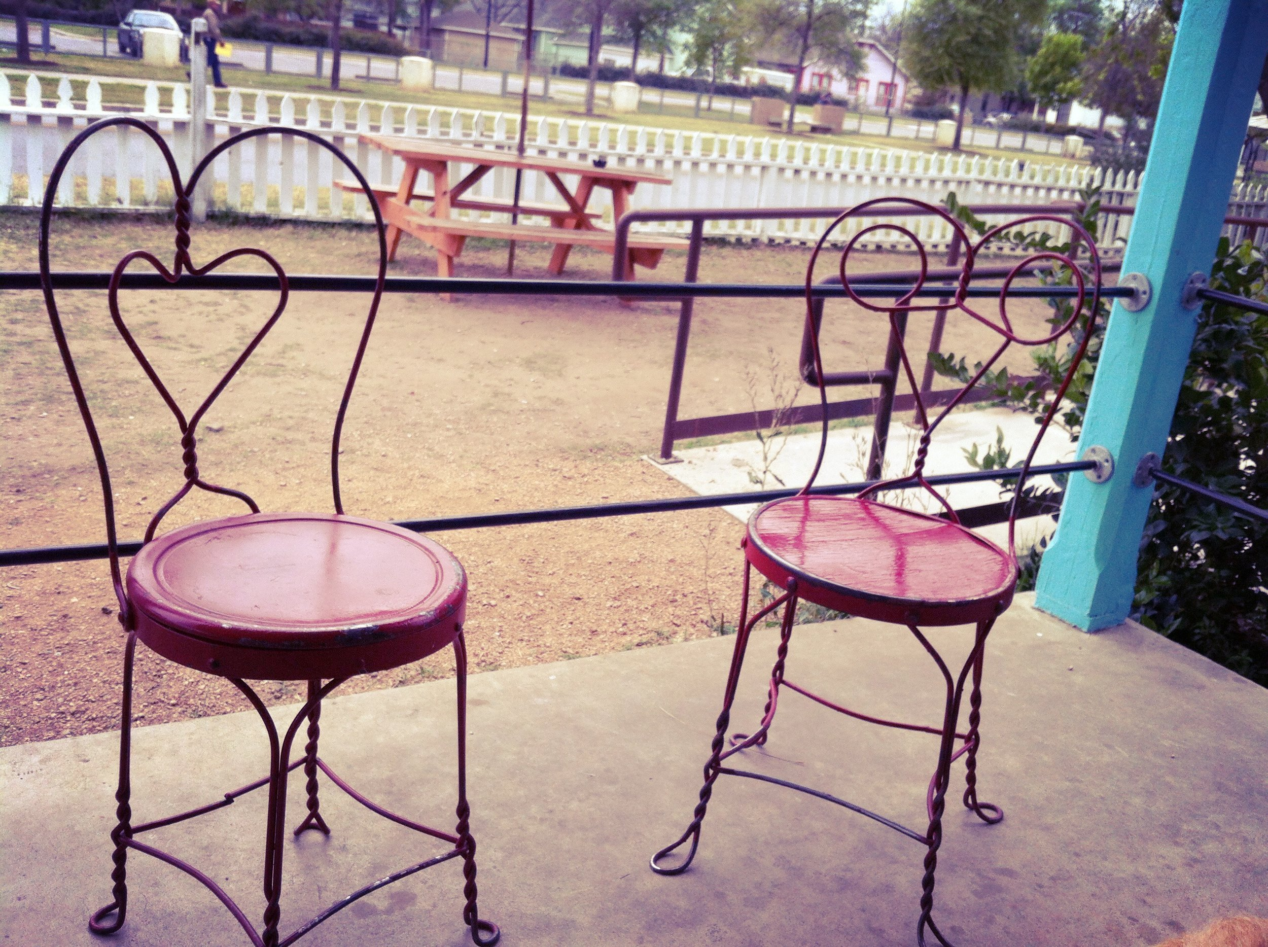 I thought these chairs were adorable!