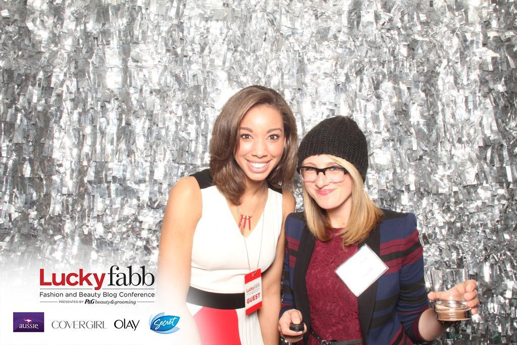 Meeting new friends at LuckyFabb!