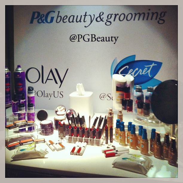 Beauty corner! Photo via Manners and Moxie