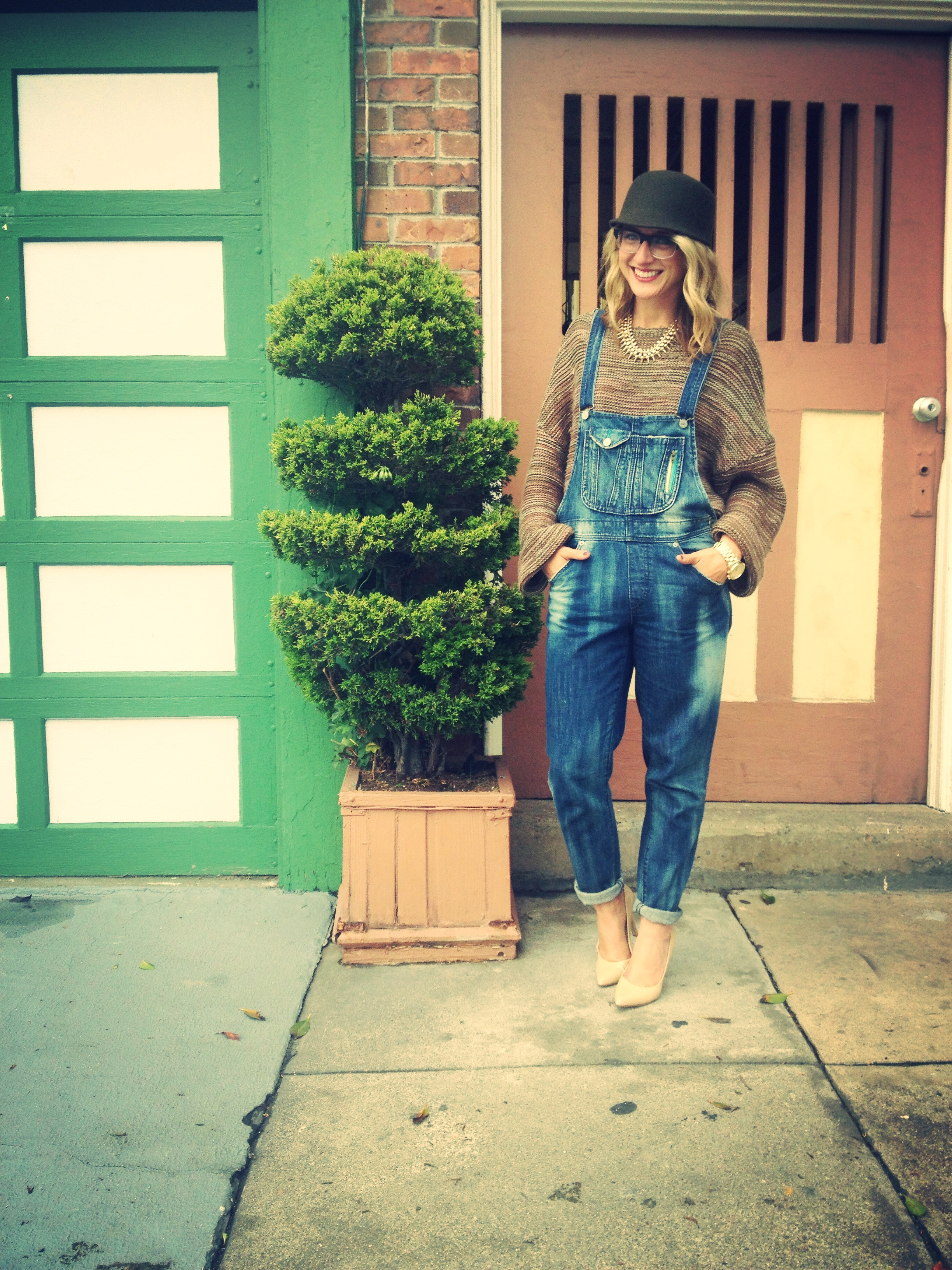 Sweater: Gap | Overalls: Wasteland | Shoes: Nine West | Hat: Topshop