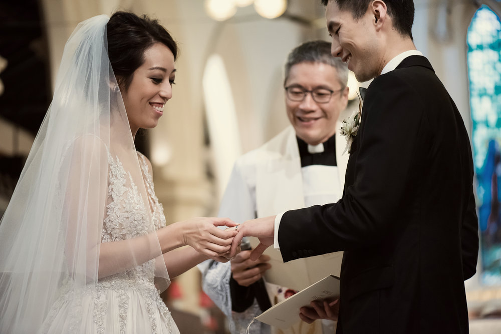 APRIL + DAVID   ST JOHN'S CATHEDRAL & FOUR SEASONS HONG KONG  Photography by Darren LeBeuf Photography