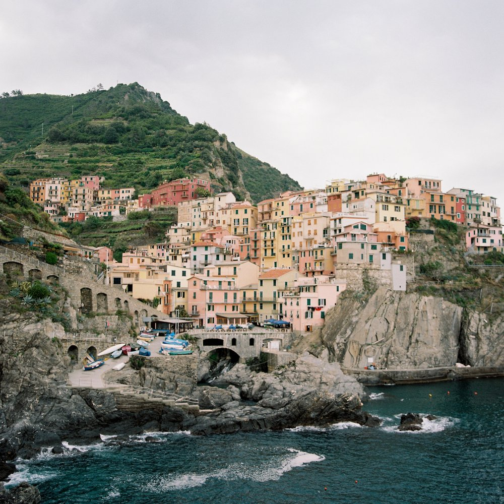 SHIRLEEN & JASON  STYLED ENGAGEMENT SHOOT IN CINQUE TERRE, ITALY  Photography by Brushfire Photography