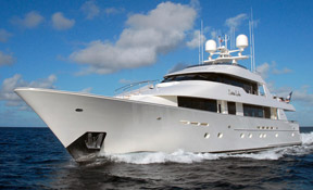 LENGTH:   130 ft.   TYPE:   Power   CLEARING HOUSE:   Reardon Yacht Consulting  WEB SITE :   www.yachtdonalola.com