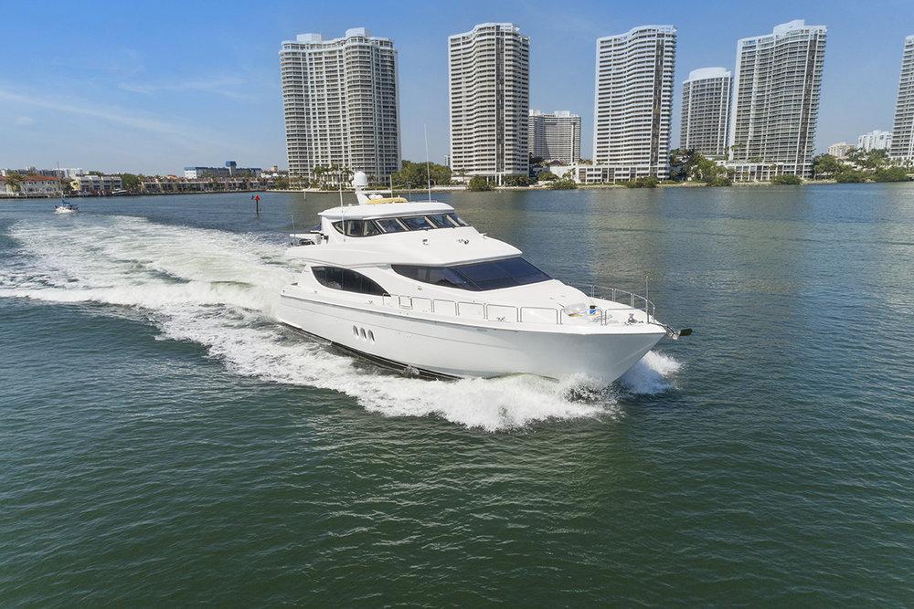 Pneuma Yacht Drone_008.jpg