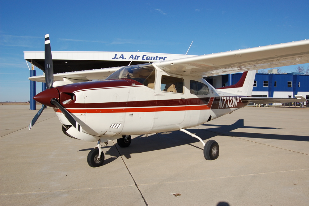 Cessna T206H Turbo Stationaire