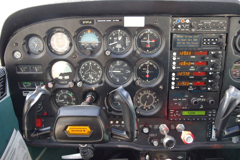 737LG5.jpg