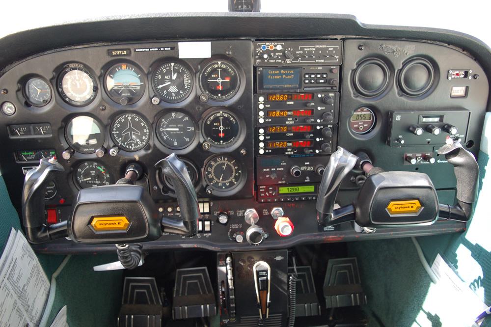 737LGPNL.jpg