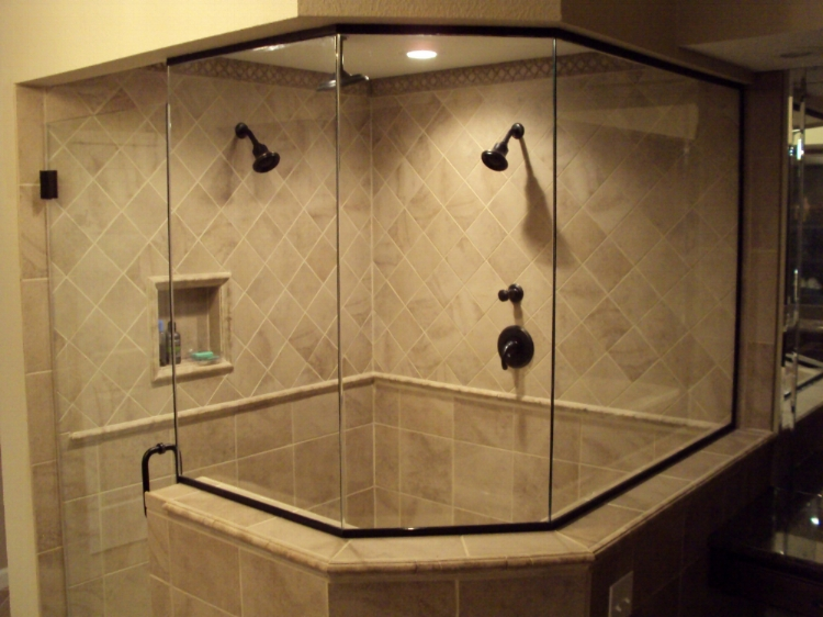 "3/8"" Heavy glass shower, Oil Rubbed Bronze finish"