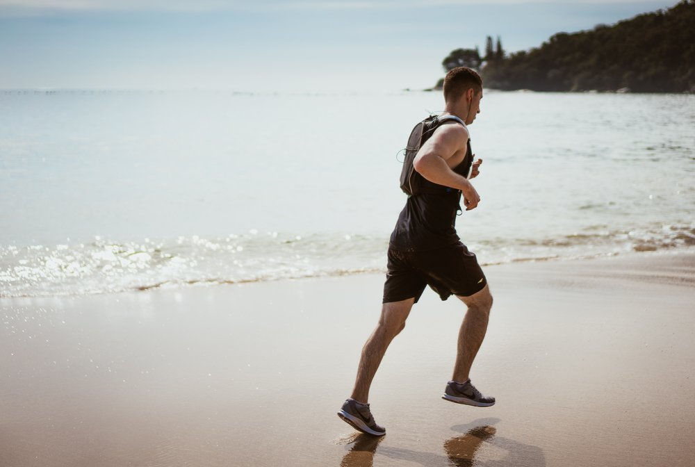 beach-enjoyment-exercise-1390403.jpg