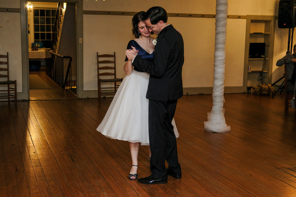 Enfield_NH_Shaker_Museum_Wedding_Photography-807.jpg