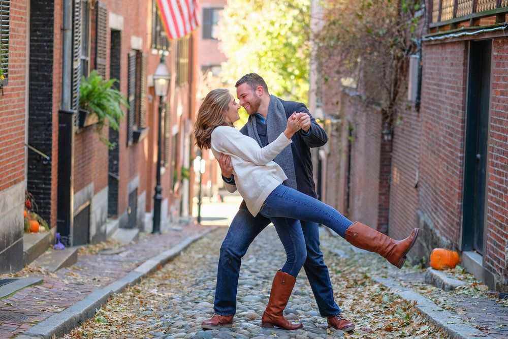 candid-boston-engagement-photography-beacon-hill-316.jpg