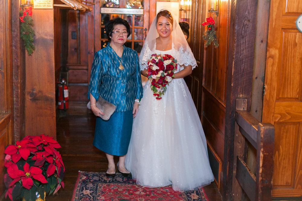 christmas-wedding-photography-publick-house-sturbridge-294.jpg