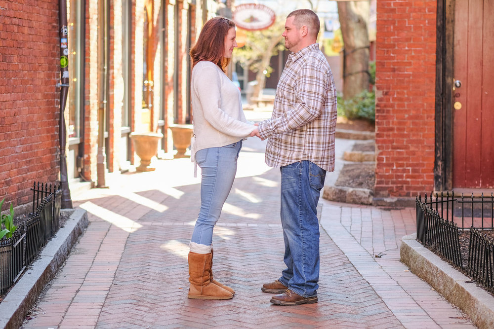 candid-portsmouth-nh-engagement-photography-12.jpg