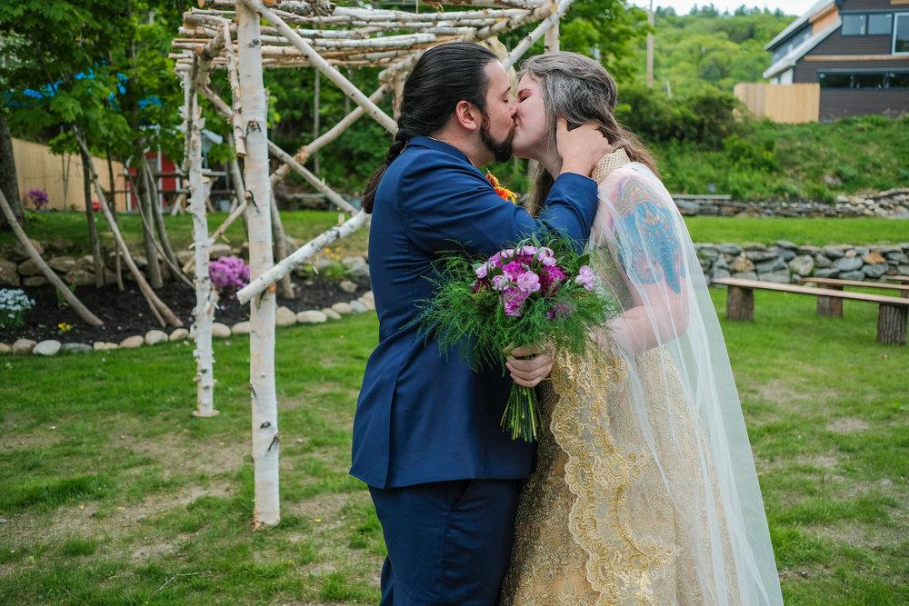 rustic_gathering_wedding_photography_warren_nh-239.jpg