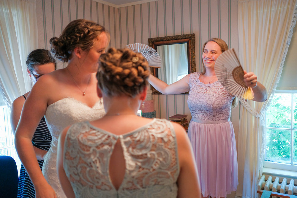 candid-vermont-wedding-photography-237.jpg