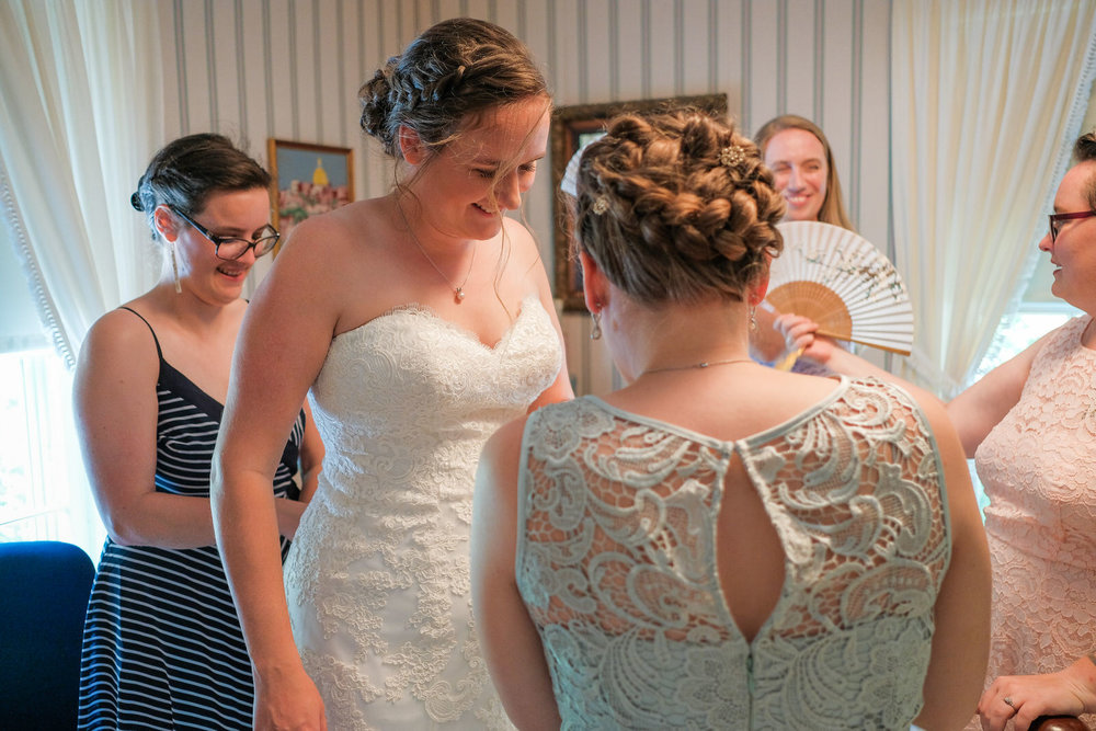 candid-vermont-wedding-photography-243.jpg