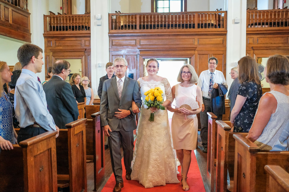 candid-vermont-wedding-photography-502.jpg
