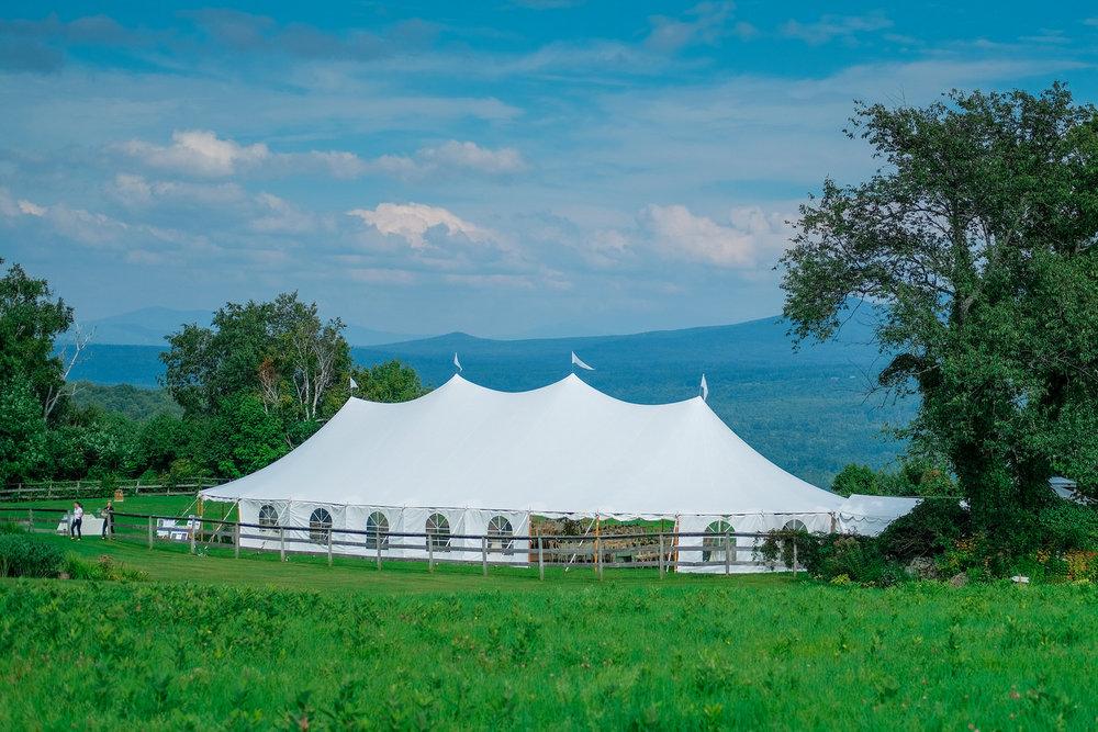 Toad-Hill-Farm-Candid-wedding-photography-129.jpg