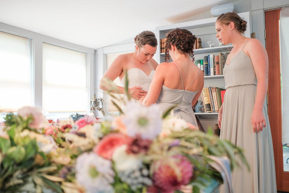 Toad-Hill-Farm-Candid-wedding-photography-250.jpg