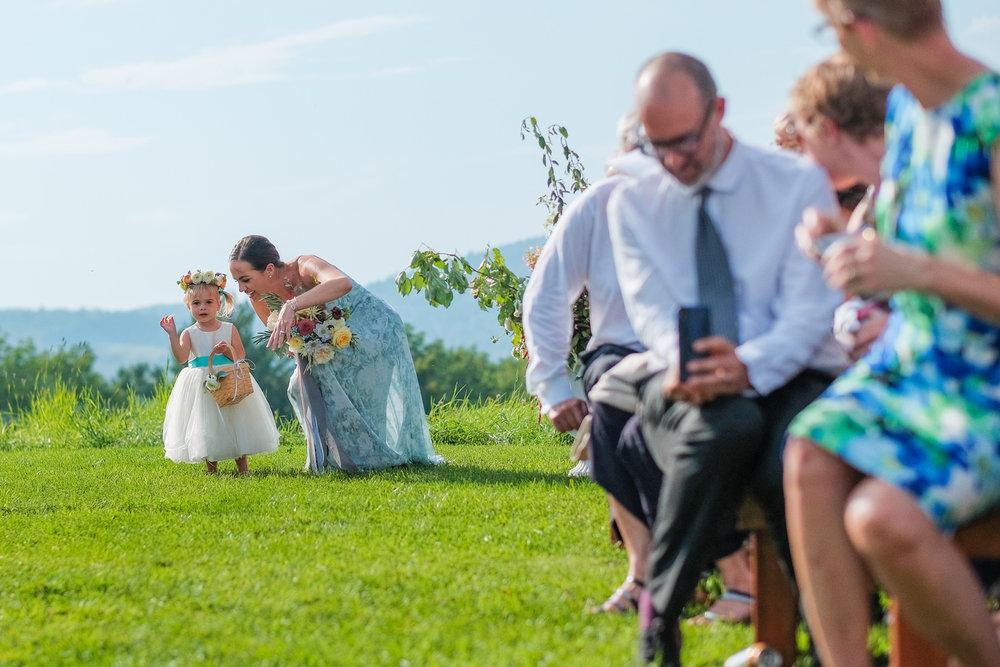 Toad-Hill-Farm-Candid-wedding-photography-337.jpg