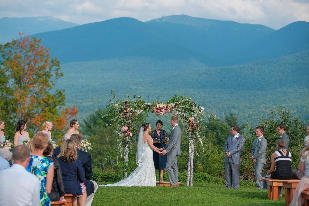Toad-Hill-Farm-Candid-wedding-photography-384.jpg