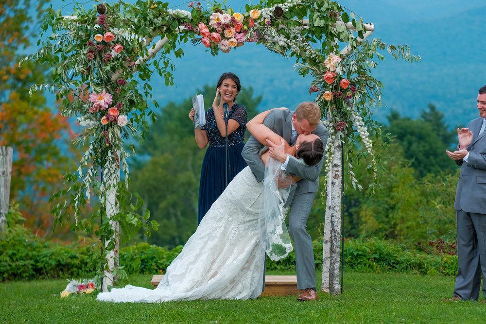 Toad-Hill-Farm-Candid-wedding-photography-532.jpg