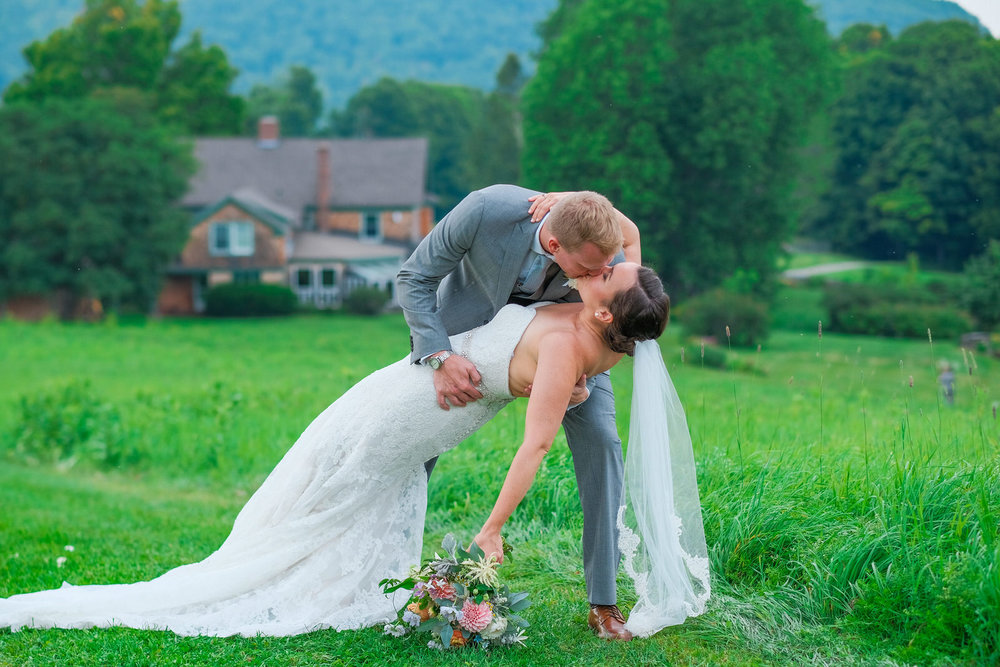 Toad-Hill-Farm-Candid-wedding-photography-931.jpg