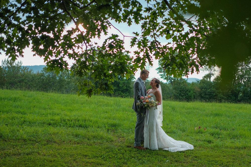 Toad-Hill-Farm-Candid-wedding-photography-966.jpg