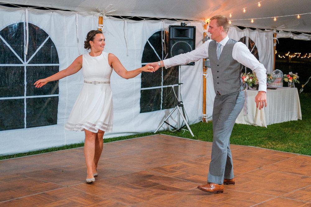 Toad-Hill-Farm-Candid-wedding-photography-1209.jpg