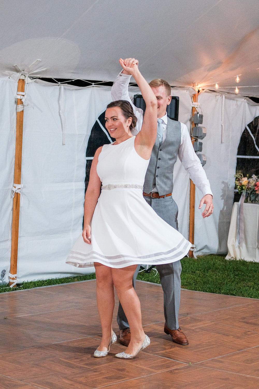 Toad-Hill-Farm-Candid-wedding-photography-1214.jpg