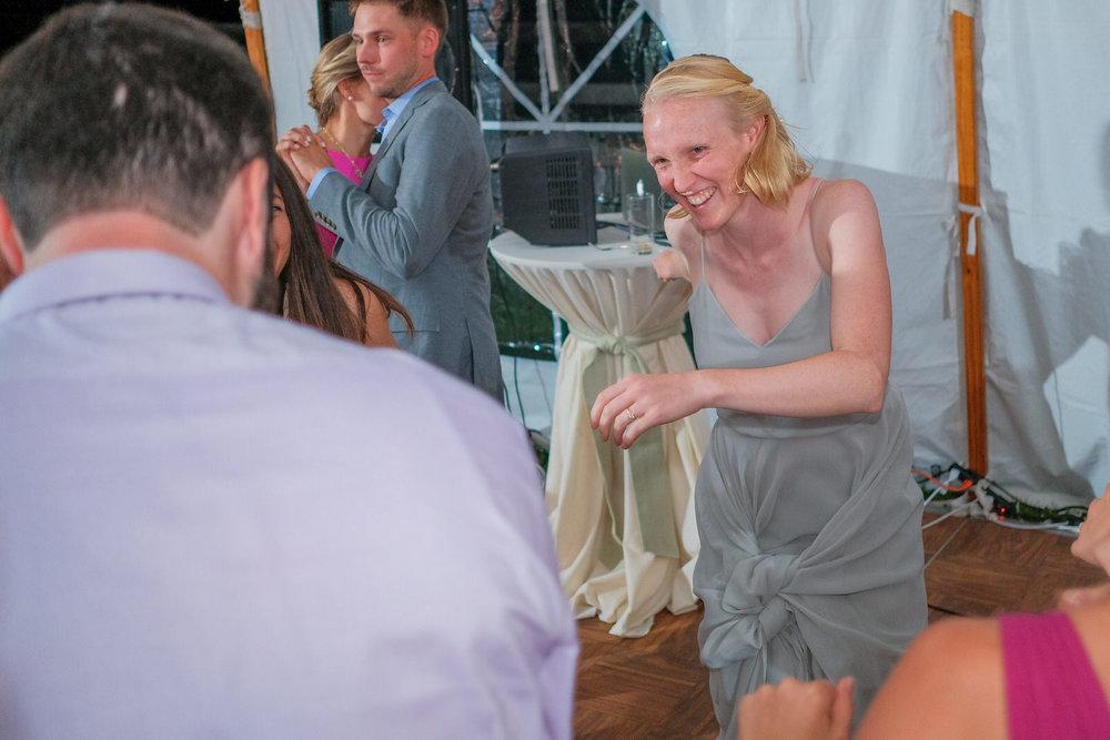 Toad-Hill-Farm-Candid-wedding-photography-1249.jpg