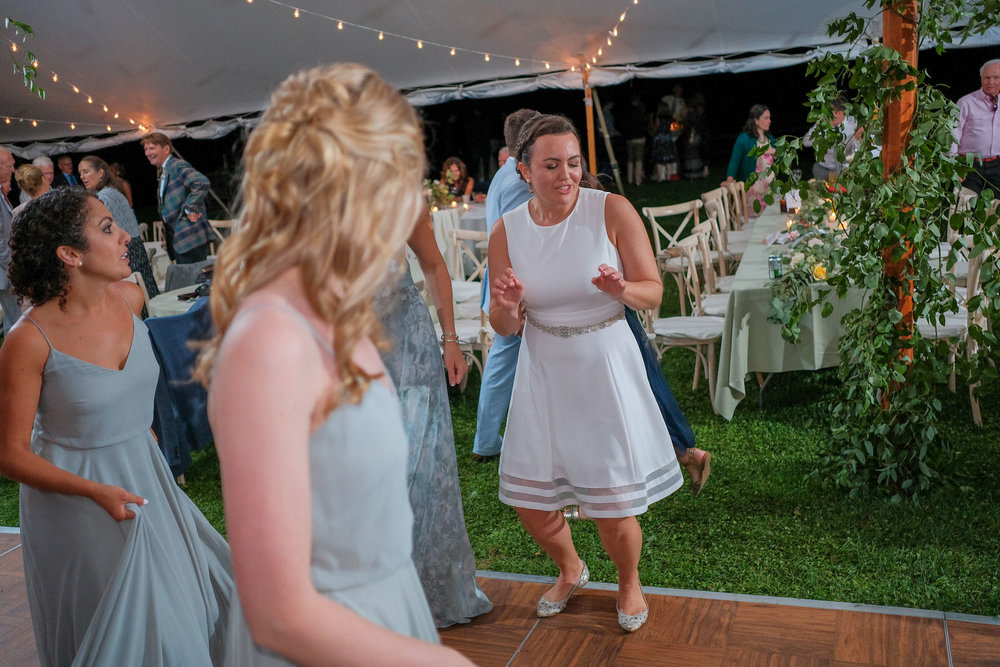 Toad-Hill-Farm-Candid-wedding-photography-1275.jpg