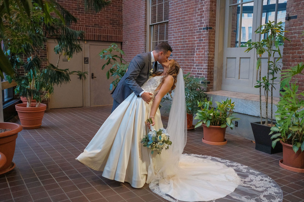 mechanics-hall-wedding-photography-worcester-ma-982.jpg