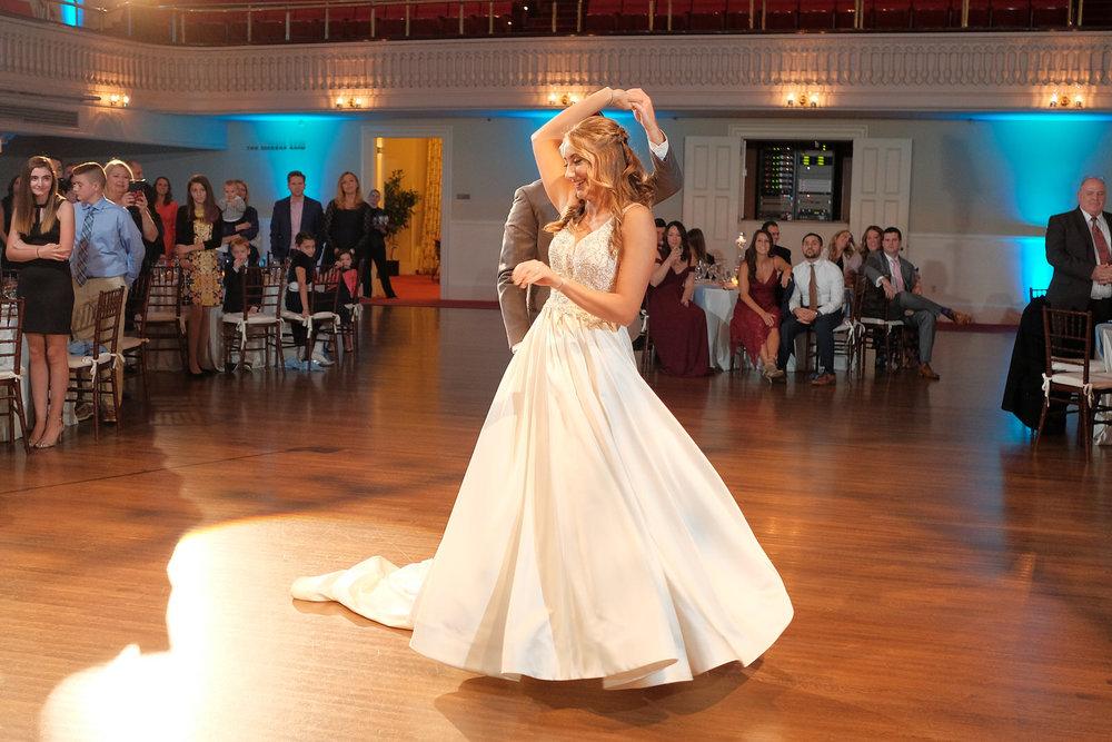 mechanics-hall-wedding-photography-worcester-ma-1135.jpg
