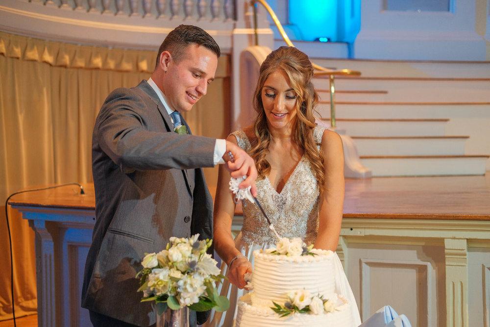 mechanics-hall-wedding-photography-worcester-ma-1268.jpg