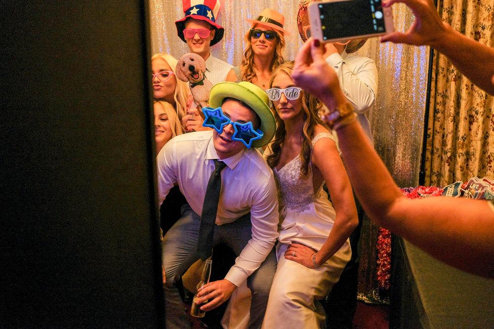 mechanics-hall-wedding-photography-worcester-ma-1460.jpg
