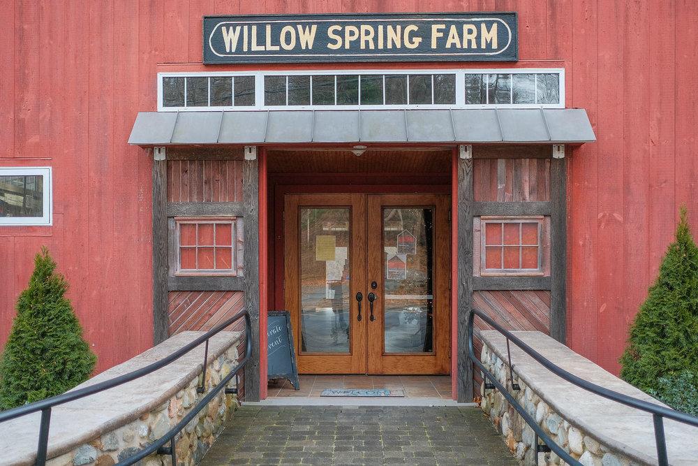 Willow-Springs-Vineyard-Haverhill-MA-Wedding-1.jpg