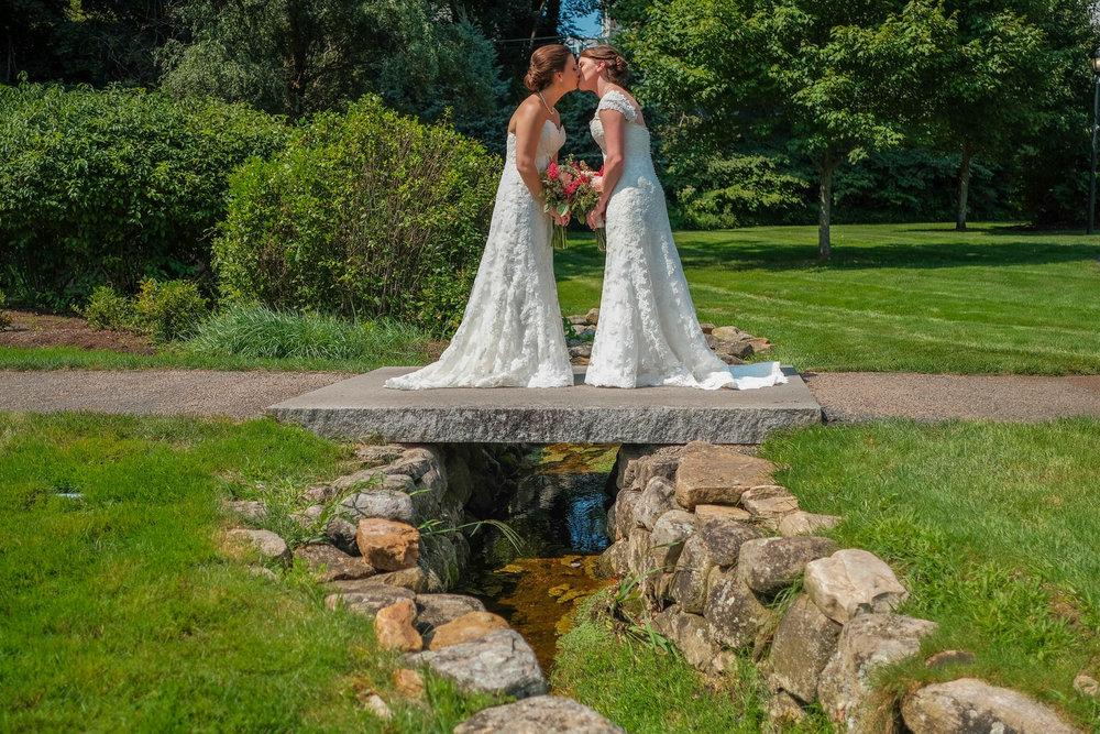 waverly-oaks-golf-club-wedding-photography-18.jpg
