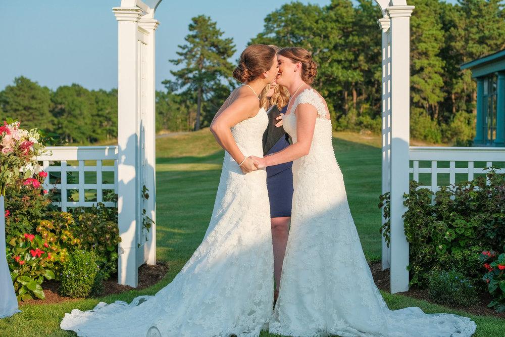 waverly-oaks-golf-club-wedding-photography-57.jpg