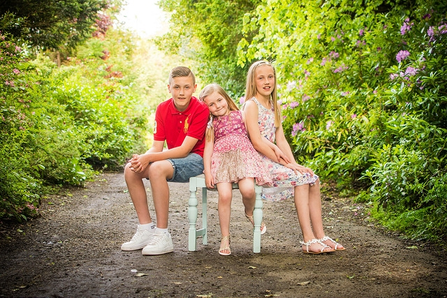Siblings on chair - On location photographer Paisley