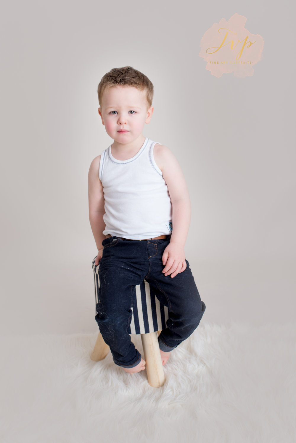 aidan-in-vest-family-photographer-glasgow