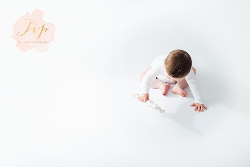 baby photos-photographer-glasgow-pailsey-renfrewshire-9.jpg
